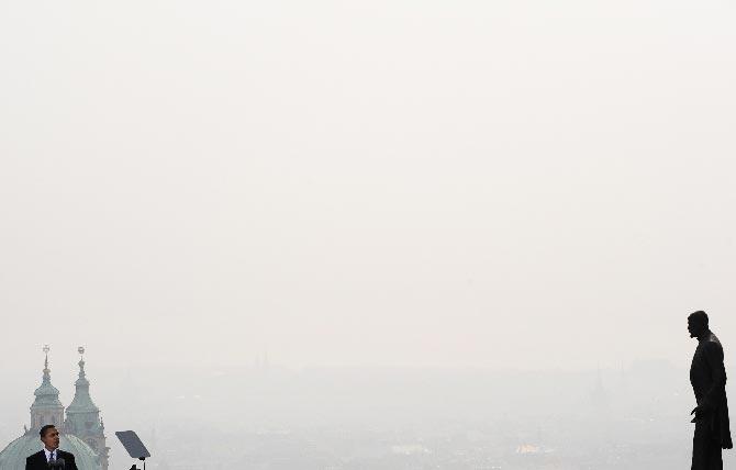 Объявлены победители журналистского конкурса Czech Press Photo. Награду за лучший снимок получил репортер французского агентства AFP Джо Кламар (фото с официального сайта Czech Press Photo).  20 октября 2009