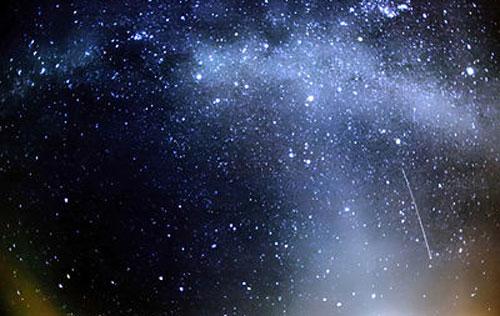На Чехию льется метеоритный дождь. Ориониды - второй по мощности поток после Леонид.  21 октября 2009 года