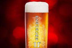 За год на рынке Gambrinus 11° Excelent стал самым продаваемым пивом в своей категории. Фрагмент рекламного плаката Gambrinus Excelent  11 ноября 2009