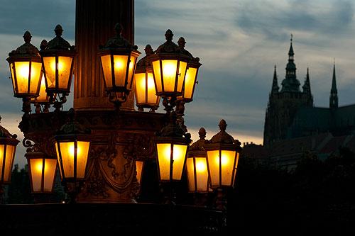 Прага внедряет новый тип уличного освещения. Вечерняя Прага  Фото: Василий Мазный  12 ноября 2009