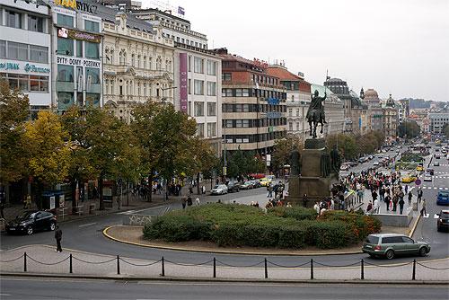 Вацлавская площадь освободилась от строительных заграждений. Вацлавская площадь  Фото: Василий Мазный  25 ноября 2009 года