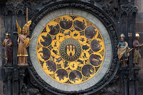 Пражские астрономические часы остановят до 24 апреля. Куранты на Староместской площади в Праге  Фото: Василий Мазный  2 апреля 2011