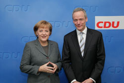 Чешские христианские демократы заручились поддержкой Ангелы Меркель. Лидеры двух Христианско-демократических союзов Ангела Меркель и Цирил Свобода. Фото пресс-службы KDU-ČSL  8 февраля 2010