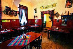 Журналисты отыскали в центре Праги недорогие рестораны. Пражская пивная U Houbaře заняла первое место в рейтинге Pilsner Urquell Pub Guide 2010. Фото пресс-службы Pilsner Urquell  5 июля 2012