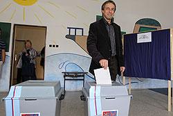 Немцы не пустили бывшего мэра Праги в самолет из-за пьянства.  Мэр Праги Павел Бэм голосует на выборах в нижнюю палату парламента Чехии. Фото пресс-службы.  9 сентября 2011