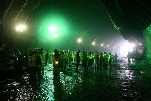 """Строящийся тоннель «Бланка» обрушился в Праге во время затяжных выходных. Строящийся тоннель """"Бланка"""". Фото пресс-службы мэрии Праги  6 июля 2010 года"""