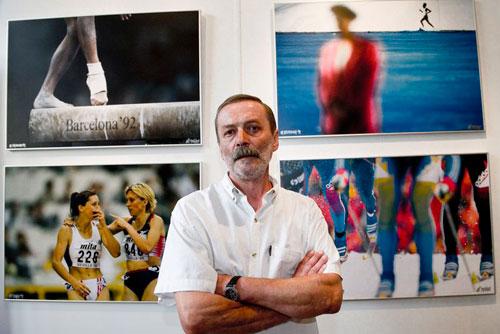 Выставка Sport Foto 2010 открылась в Староместской ратуше. Йиржи Пекарек и его снимки. Фото Вацлава Мудры с сайта Чешского олимпийского комитета  22 июля 2010