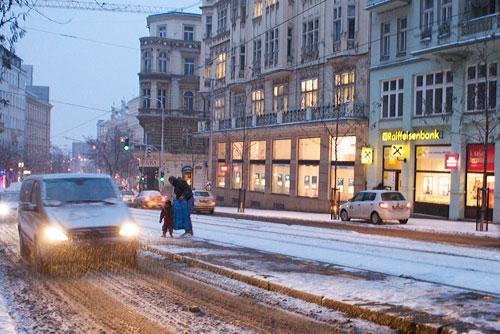 Чешский климатолог рассказал о том, какой будет зима. Зима 2009/2010 в Праге  Фото: Александра Кириченко  9 октября 2010 года