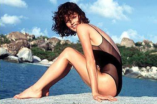 Чешская супермодель решилась на второго ребенка. Ева Герцигова в журнале Sports Illustrated. Изображение с сайта fashionmodeldirectory.com  19 октября 2010