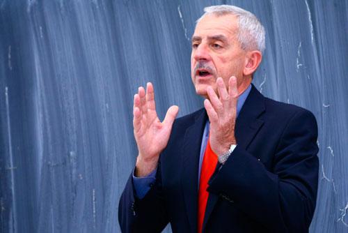 Министерство здравоохранения Чехии нашло 2 миллиарда крон для увольняющихся врачей. Министр здравоохранения Чехии Леош Гегер (Leoš Heger). Фото пресс-службы партии TOP09  28 января 2011