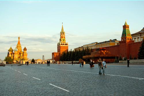 Сокровища музеев Московского Кремля приедут на Пражский Град не раньше 2012 года. Красная площадь и Московский Кремль  Фото: Василий Мазный  9 февраля 2011