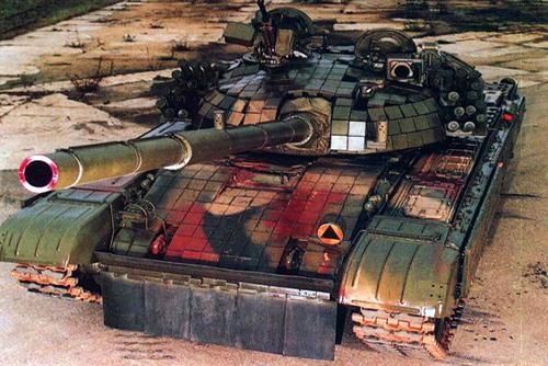 Советский танк создал пробку на чешской дороге. Танк Т-72. Фото с сайта rusarmy.com  28 февраля 2011