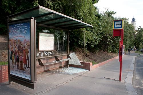 По итогам транспортной забастовки двоим людям грозит тюрьма. Остановка общественного транспорта в Праге  Фото: Василий Мазный  17 июня 2011 года