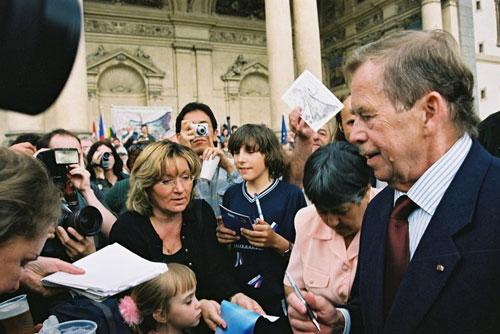 Первому президенту Чехии исполнилось 75 лет. Первый президент Чехии Вацлав Гавел  Фото: CzechTourism  5 октября 2011 года