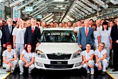 С конвейера в Млада-Болеславе сошла трехмиллионная Škoda Fabia. Юбилейная Škoda Fabia. Фото пресс-службы Škoda Auto  10 мая 2012 года