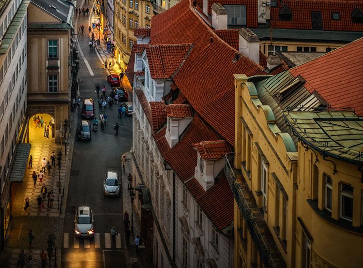 В Праге перестанут действовать нормативы по естественной освещенности квартир. Прага отменила нормативы по солнечной освещенности жилья  Фото: Prague City Tourism  25 октября 2018 года