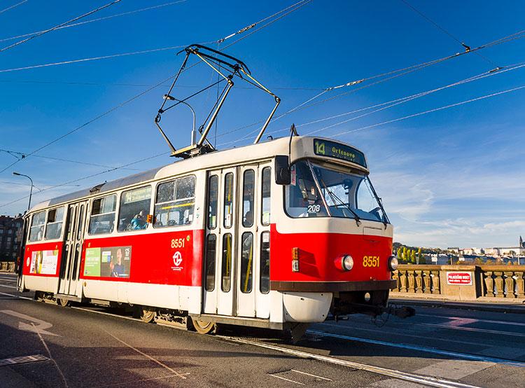 В Праге временно отменены два популярнейших трамвайных маршрута. Пражский трамвай. Фото пресс-службы dpp.cz  Текст: Utro.cz, 8 ноября 2018 года