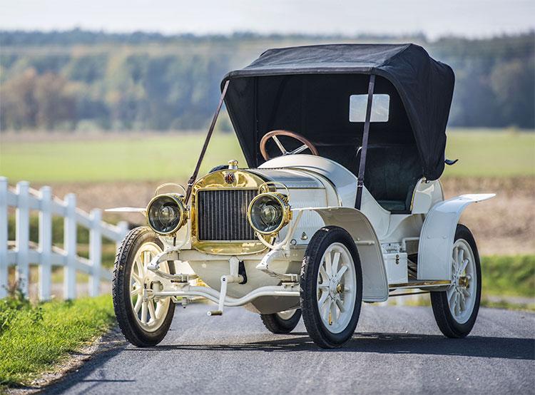 Škoda восстановила единственный сохранившийся автомобиль Laurin & Klement BSC 1908 года выпуска. Восстановленный автомобиль Laurin & Klement BSC. Фото пресс-службы Škoda Auto  19 ноября 2018