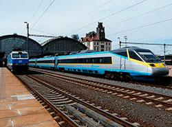 Чешские железные дороги обещают обеспечить доступ к интернету в 100% поездов дальнего следования. Поезда Чешских железных дорог. Фото Metrophil [CC BY-SA 4.0 (https://creativecommons.org/licenses/by-sa/4.0)], from Wikimedia Commons  21 ноября 2018