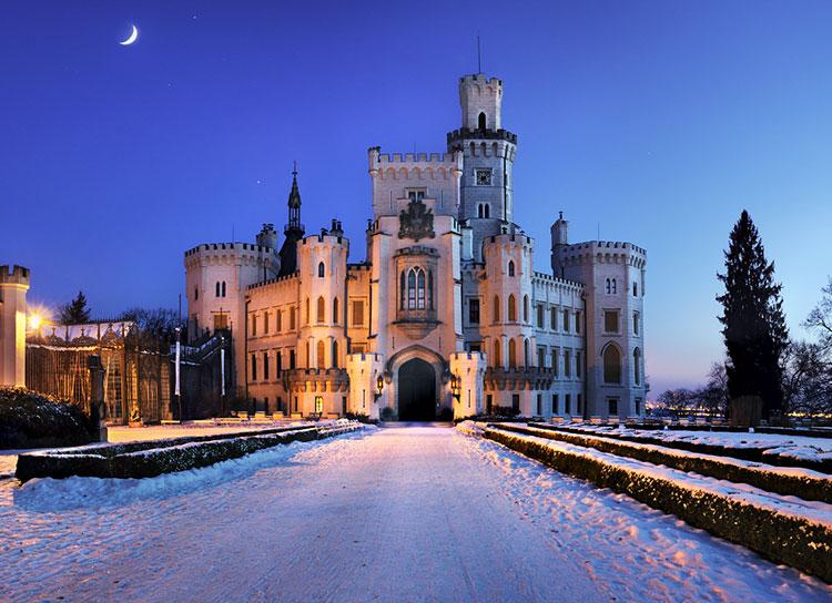 Чешские замки и крепости обнародовали рождественскую и предновогоднюю программу. Замок Глубока  Фото: Czech Tourism  22 ноября 2018