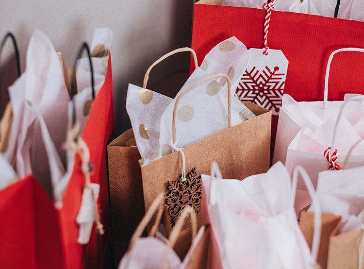 Суточный оборот чешских интернет-магазинов впервые превысил 1 млрд крон. Photo by freestocks.org from Pexels  17 декабря 2018