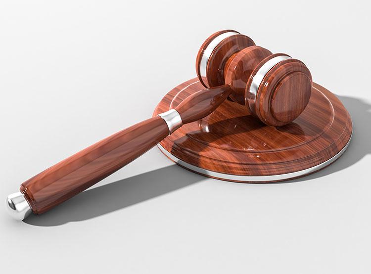Власти Праги выселят судей и прокуроров из муниципальных квартир. Судьям придется платить за жилье рыночную цену. Изображение Pexels  7 января 2019 года