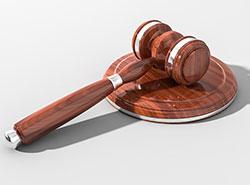 Власти Праги выселят судей и прокуроров из муниципальных квартир. Судьям придется платить за жилье рыночную цену. Изображение Pexels  7 января 2019