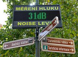 Эксперимент по измерению уровня шума в центре Праги с грохотом провалился. Измеритель шума. Фото с сайта Праги 1 - praha1.cz  9 января 2019