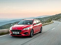 Ford Focus в четвертый раз признан в Чехии автомобилем года. Новый  Ford Focus ST-Line. Фото Ford  9 января 2019