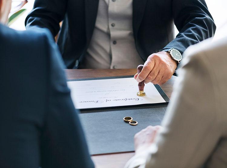 Пошлины за развод в Чехии могут вырасти с двух до семи тысяч крон. Пошлины за развод в Чехии вырастут. Фото pixabay.com  15 января 2019 года