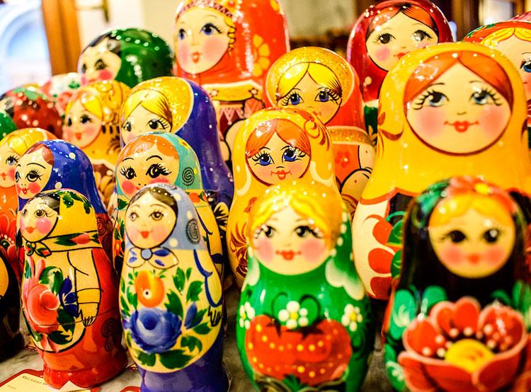 Прага избавится от нечестных обменников и «подозрительных» сувенирных лавок. Матрешек изгонят из Праги. Фото Pixabay.com  21 января 2019 года