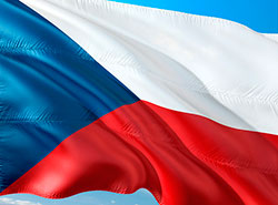 Коммунисты предложили законопроект «О государственном языке Чешской республики».  Флаг Чехии. Изображение pixabay.com.  23 января 2019