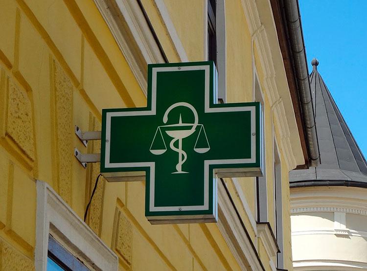 Дважды обворовавший аптеку мужчина оставил на месте преступления рецепт. Семейство два дня подряд обворовывало аптеку в Брно. Фото Pixabay.com  10 февраля 2019 года