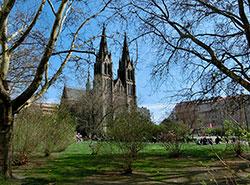 15 февраля плюс 15: температура по всей Чехии побила рекорд.  Прага. Площадь Мира. Ранняя весна. Фото Pixabay.com.  15 февраля 2019
