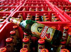 Польша готова мстить чешскому пиву за претензии к говядине. Пиво Ostravar. Фото пресс-службы Staropramen  21 февраля 2019