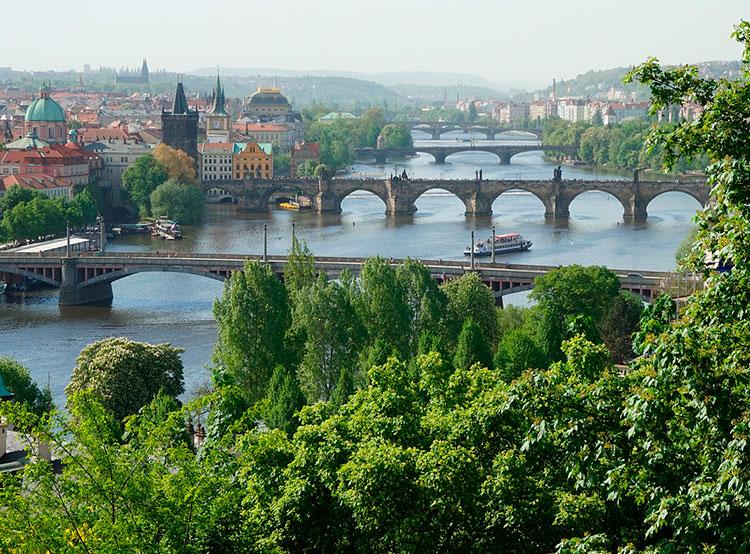 Прага оказалась на седьмом месте в списке самых богатых регионов Евросоюза. Прага — один самых богатых регионов Евросоюза. Фото MurderousPass on Pixabay  26 февраля 2019 года