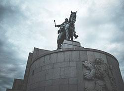 Петршинская башня и памятник на Виткове станут синими. Памятник Яну Жижке на Виткове. Фото Jan Cigánek с Pixabay   2 апреля 2019