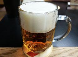 Чешская партия гражданских демократов хочет разрешить водителям пить пиво. Чешским водителям сейчас нельзя пить пиво  Фото: Utro.cz  4 апреля 2019
