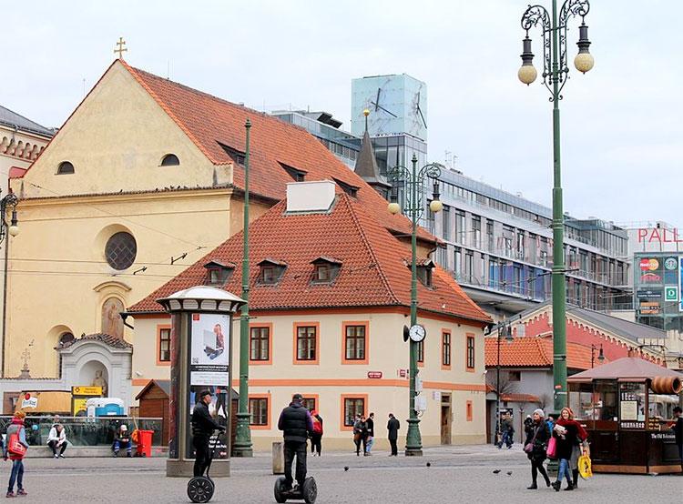 Следователь случайно встретила церковную воровку в центре Праги. Костел Святого Йозефа. Фото VitVit [CC BY-SA 4.0 (https://creativecommons.org/licenses/by-sa/4.0)]  5 апреля 2019 года