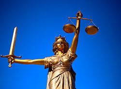 Конституционный суд Чехии признал незаконной выдачу США российского хакера Евгения Никулина. Конституционный суд Чехии признал выдачу США российского гражданина незаконной. Image by Sang Hyun Cho from Pixabay   9 апреля 2019