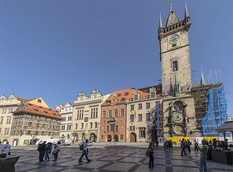 Пражский магистрат передал Википедии тысячи фотографий. Староместская ратуша во время реконструкции. Фото Martin Frouz/Magistrát hl. m. Prahy [CC BY-SA 4.0 (https://creativecommons.org/licenses/by-sa/4.0)]  14 мая 2019