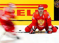 В четвертьфинале ЧМ-2019 российские хоккеисты сразятся с американскими, чешские — с немецкими.  Фото fhr.ru.  21 мая 2019