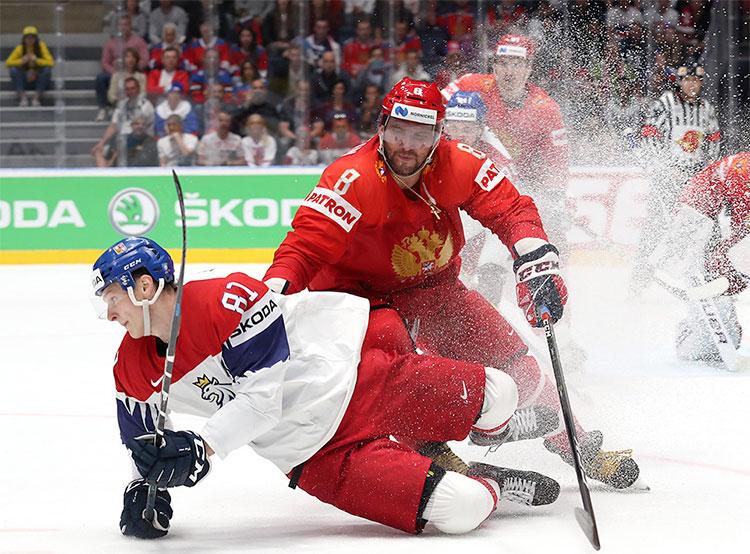 Россия и Чехия сразились за бронзу ЧМ-2019 перед сотнями зрителей на Староместской площади. Фото fhr.ru  26 мая 2019