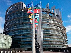 Чехию в Европарламенте представят 14 мужчин и семь женщин из семи партий и коалиций.  Европейский парламент. Image by Leonardo1982 from Pixabay .  27 мая 2019