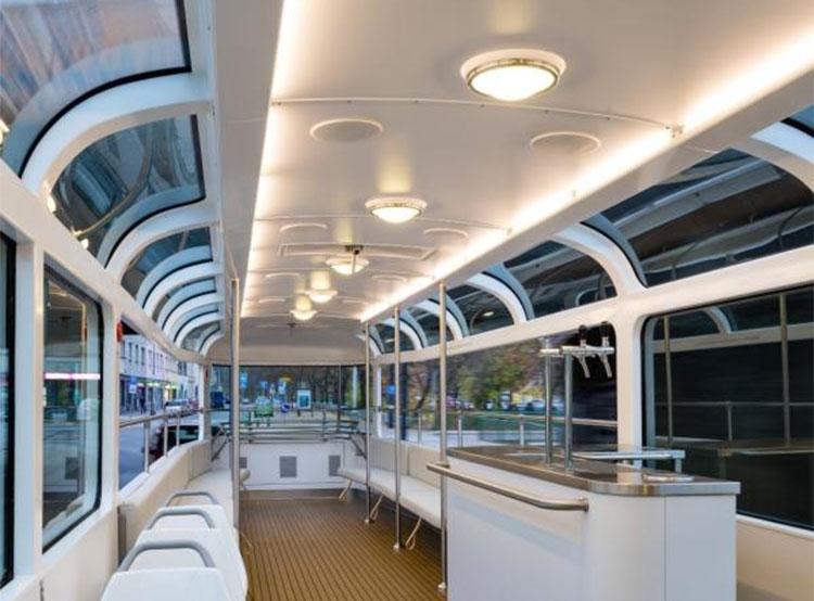 Пражский ретротрамвай и урны получили престижную премию в области дизайна. Интерьер трамвая T3 Coupe. Фото Petr Hejna (DPP)  11 июля 2019