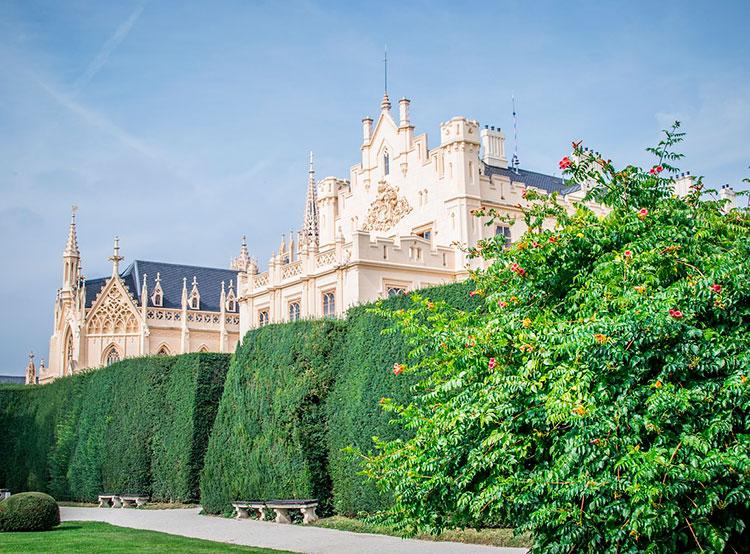 Чешские замки с начала года посетили 4,6 млн человек. Замок Леднице в Моравии. Фото Jiricek72 from Pixabay   24 октября 2019 года