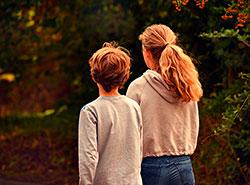 Чехов могут обязать получать удостоверения личности в шестилетнем возрасте.  Чехи начнут получать пластиковые удостоверения личности намного раньше.  29 октября 2019
